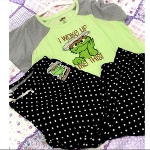 Oscar the Grouch Plus Size Green Pajama Set